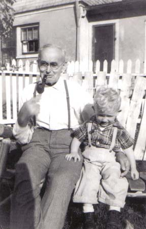 August Theise & g-grandson Kelly Wernette, ca1948/1949