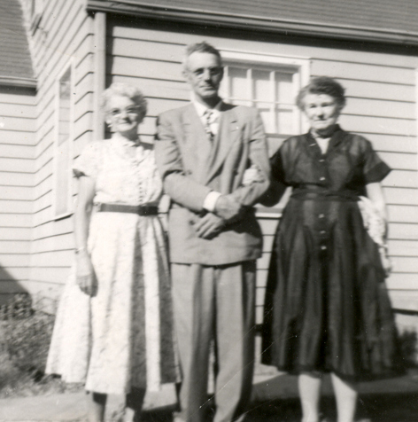 Julia, Curtis, and Lizzie