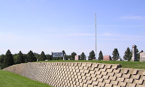 Entrance to Grand Meadow Cemetery