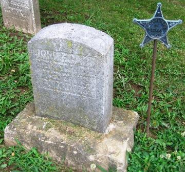 http://iagenweb.org/civilwar/gravestones/IMG_6028.JPG