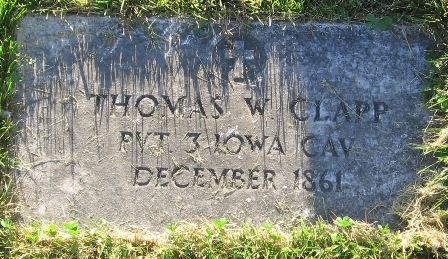 http://iagenweb.org/civilwar/gravestones/IMG_7609.JPG