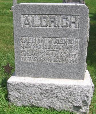 http://iagenweb.org/civilwar/gravestones/IMG_9227.JPG
